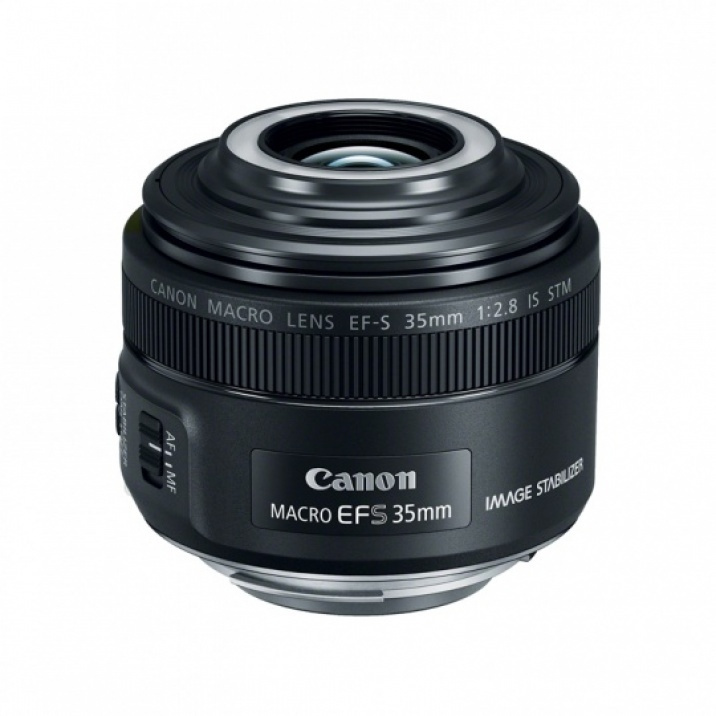 Canon-EF-S-35mm-28-IS-STM-Macro